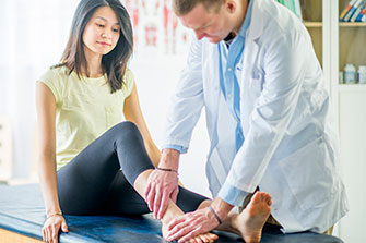 Treating orthopedic foot and ankle conditions at HonorHealth
